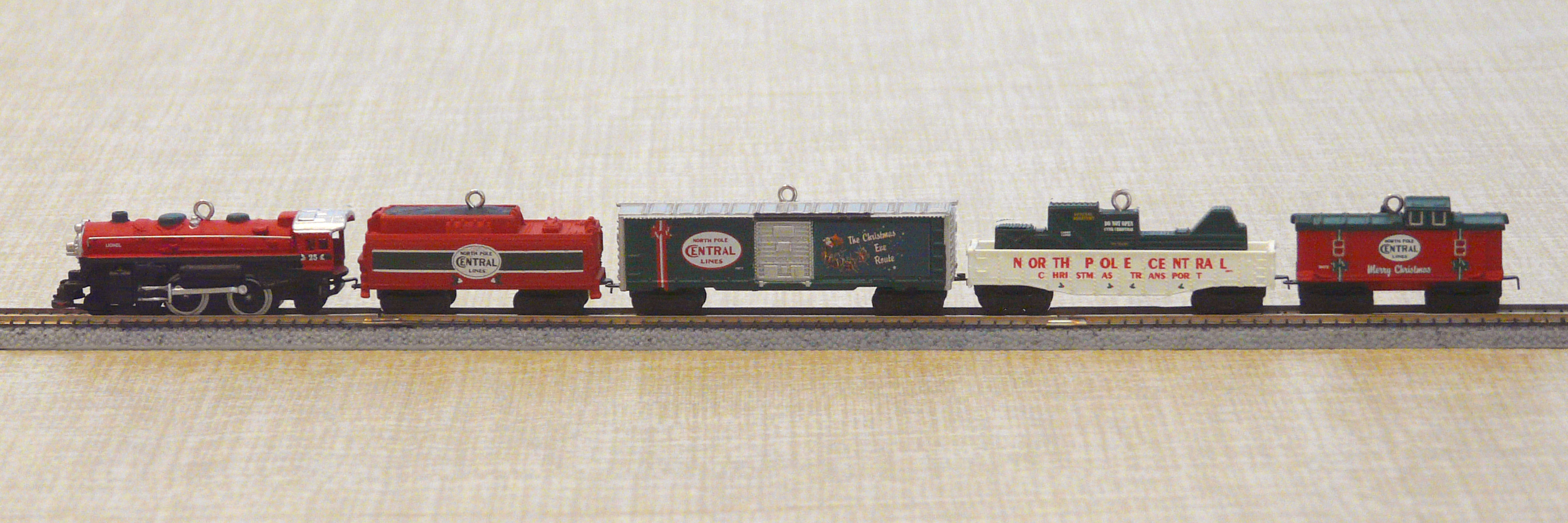 Please Share a Railroad Tree Ornament - Model Railroader Magazine ...